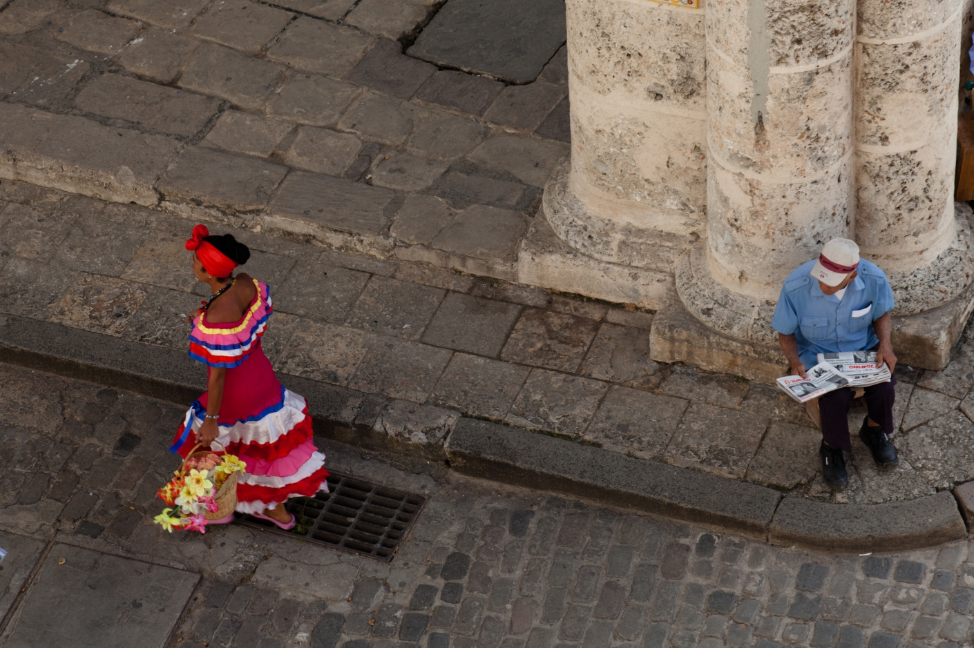 Mulatto of Havana Lady in costume looking for photo tips © 2010 Nick Katin