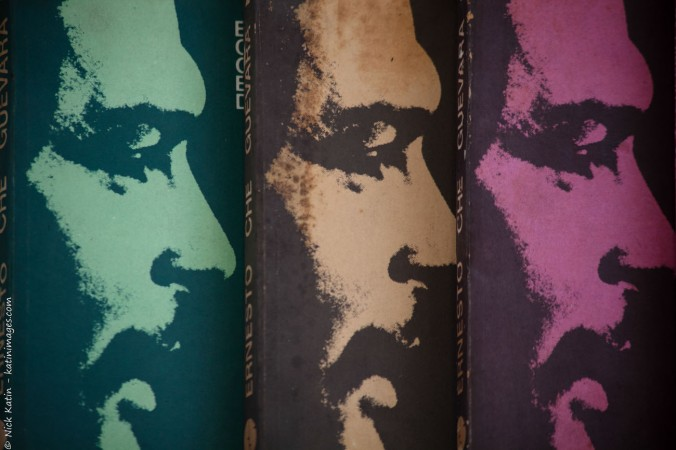 Che Guevara in colour on the front of books on Che Guevara