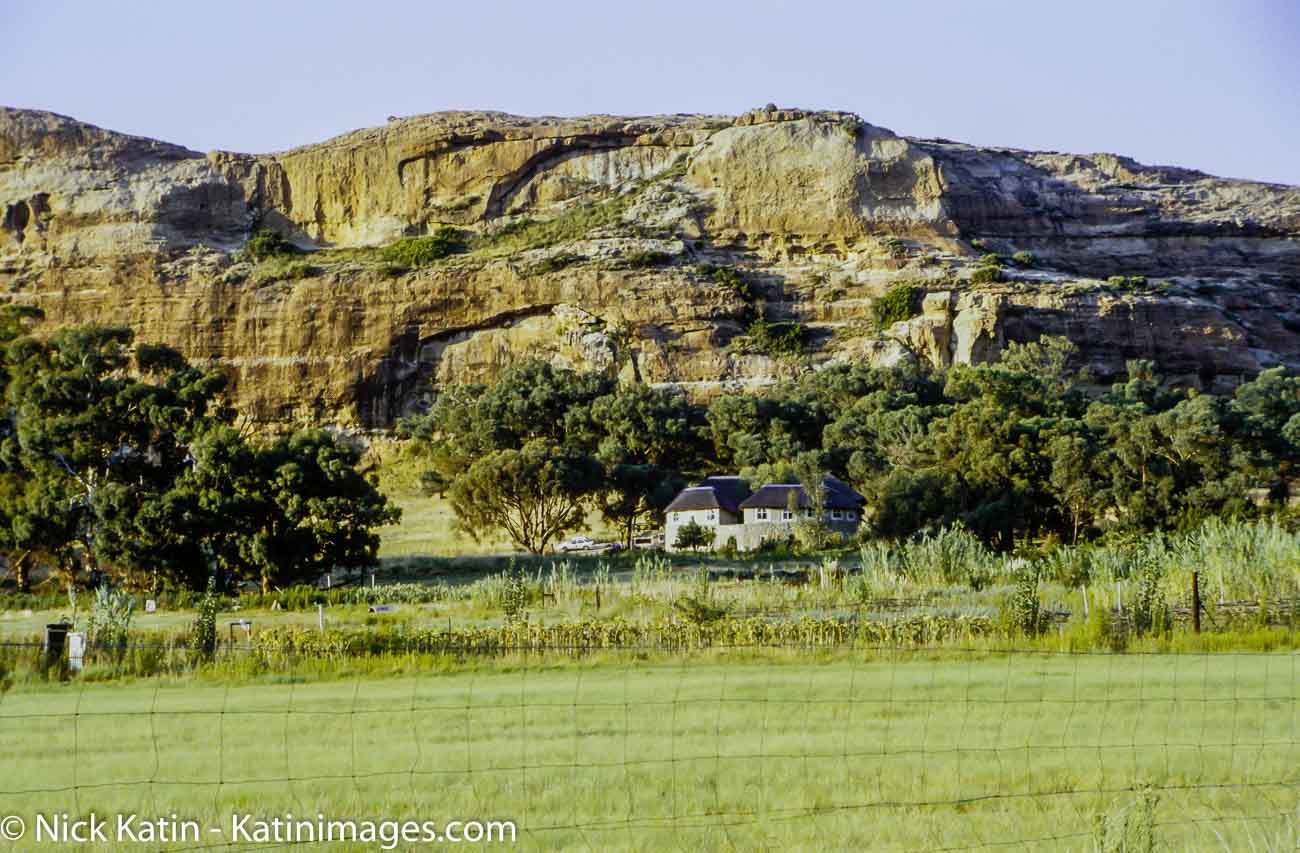 Rustlers Valley Lodge in the shadow of the malotti Hills in Free State, South Africa