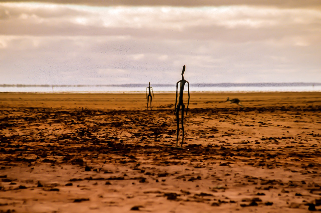 Anthony Gormley Sculptures and Friend